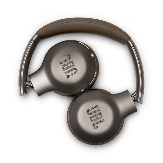 EVEREST™ 310GA - Brown - Wireless on-ear headphones - Detailshot 1