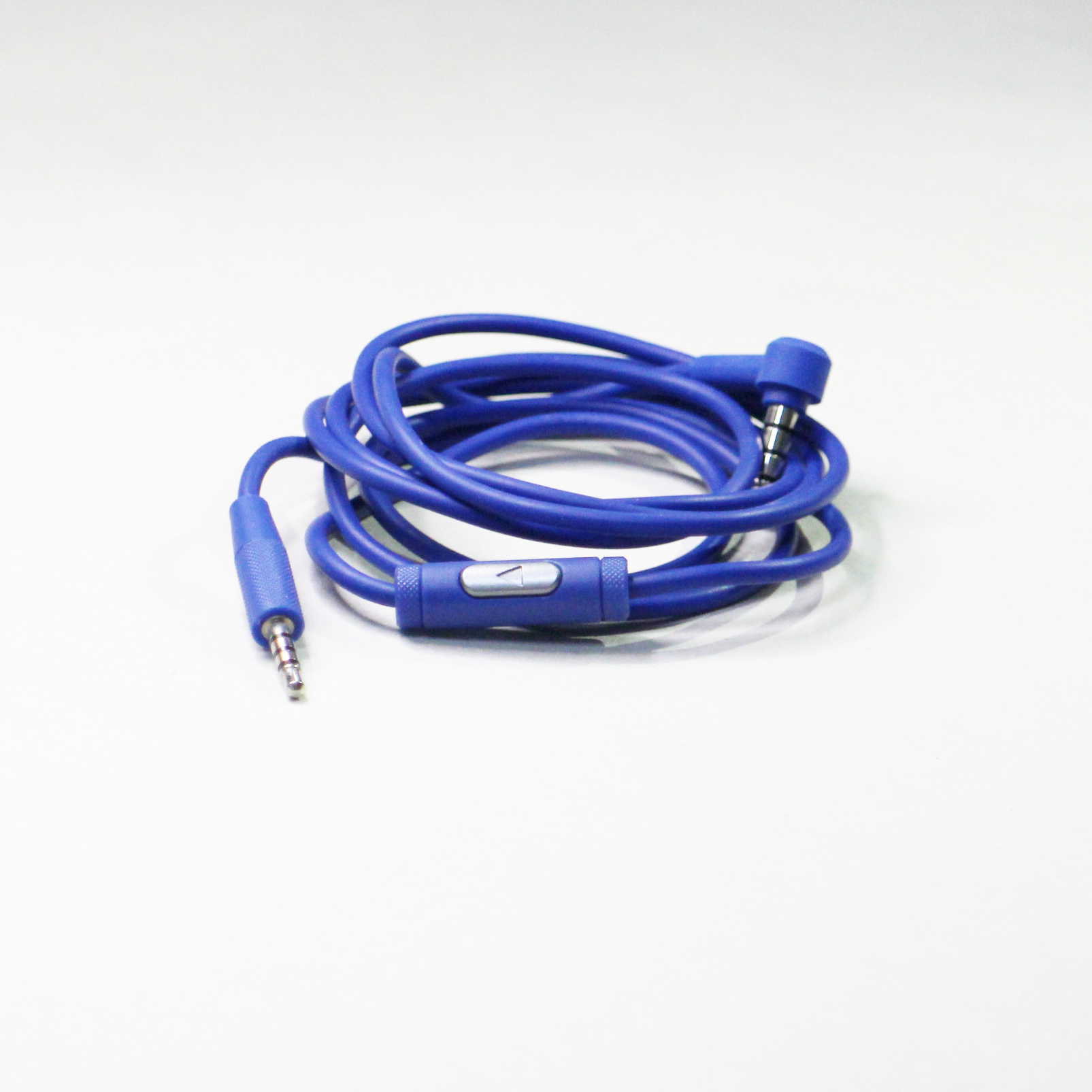 JBL E30 Cable with remote controller for smartphone - Blue - Hero